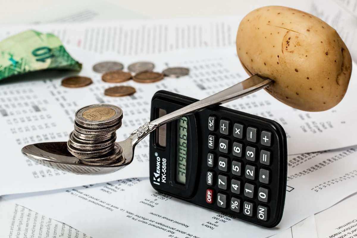 Минпромторг предложил правительству перечислять нуждающимся деньги на продукты