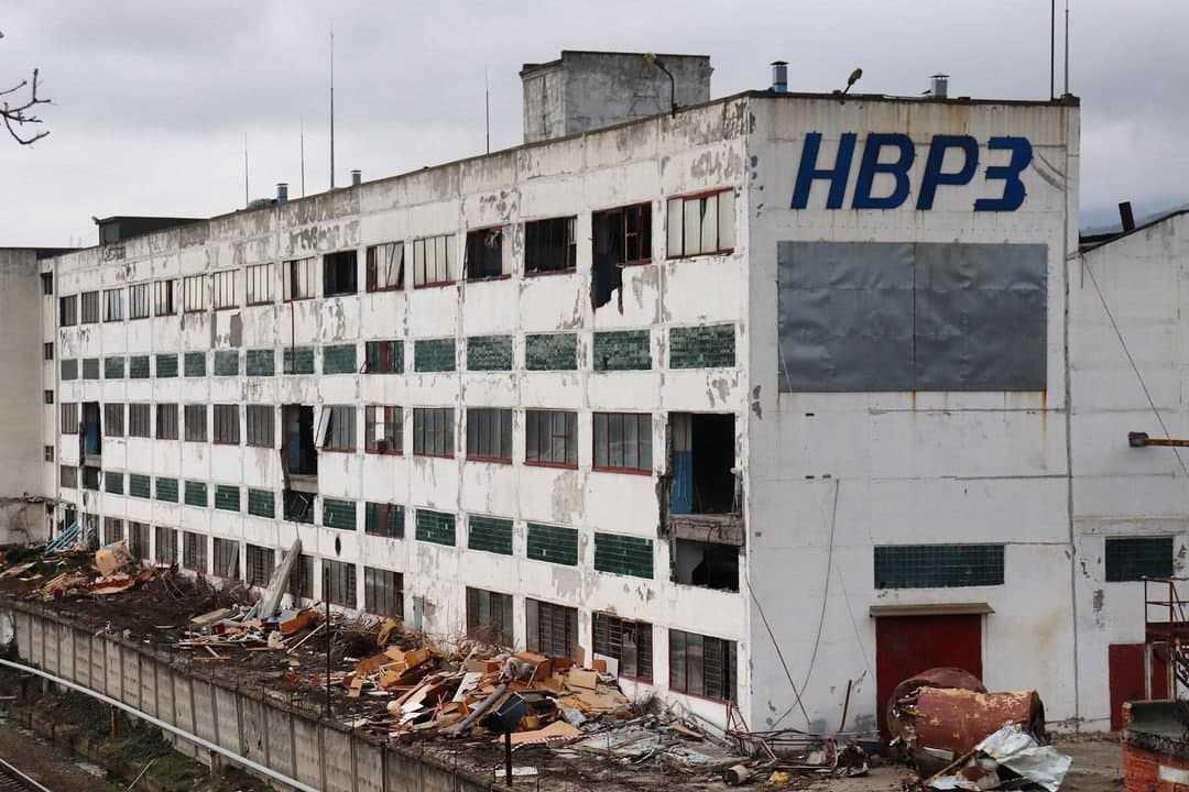 В Новороссийске сносят здания вагоноремонтного