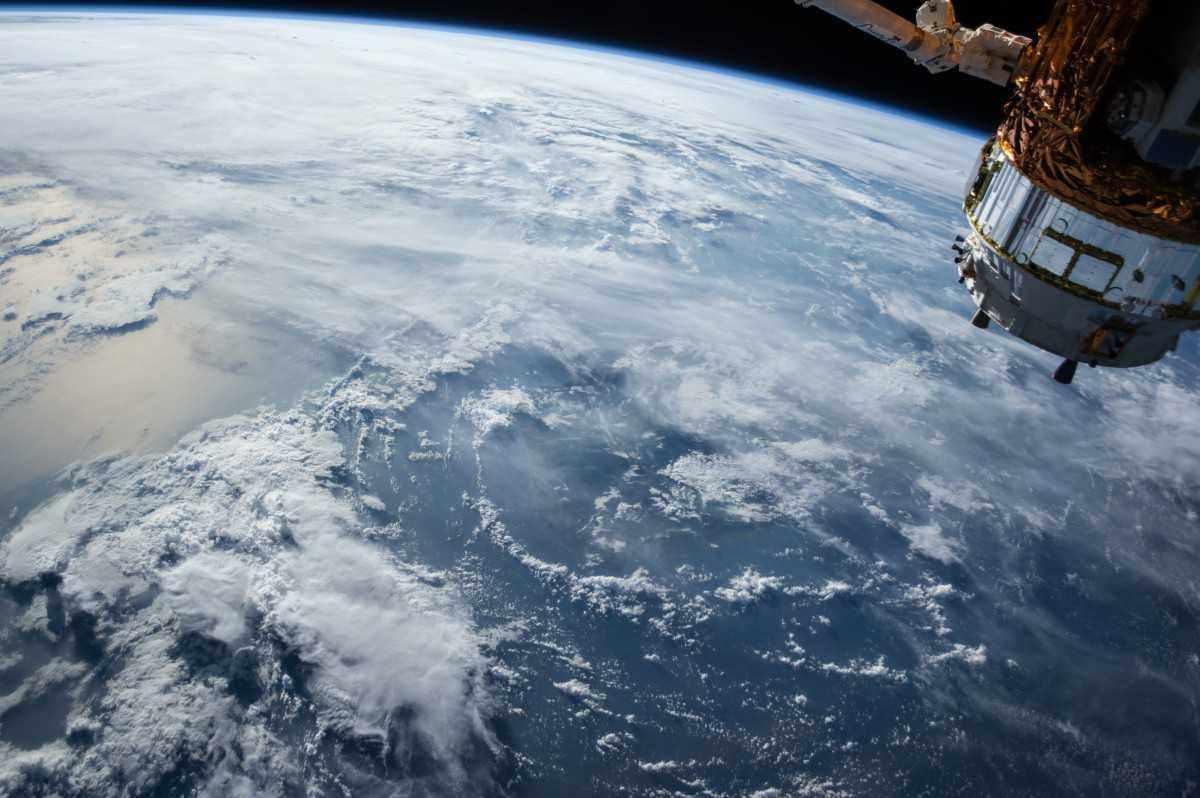 Фотографии с борта МКС: как проводят свои выходные космонавты