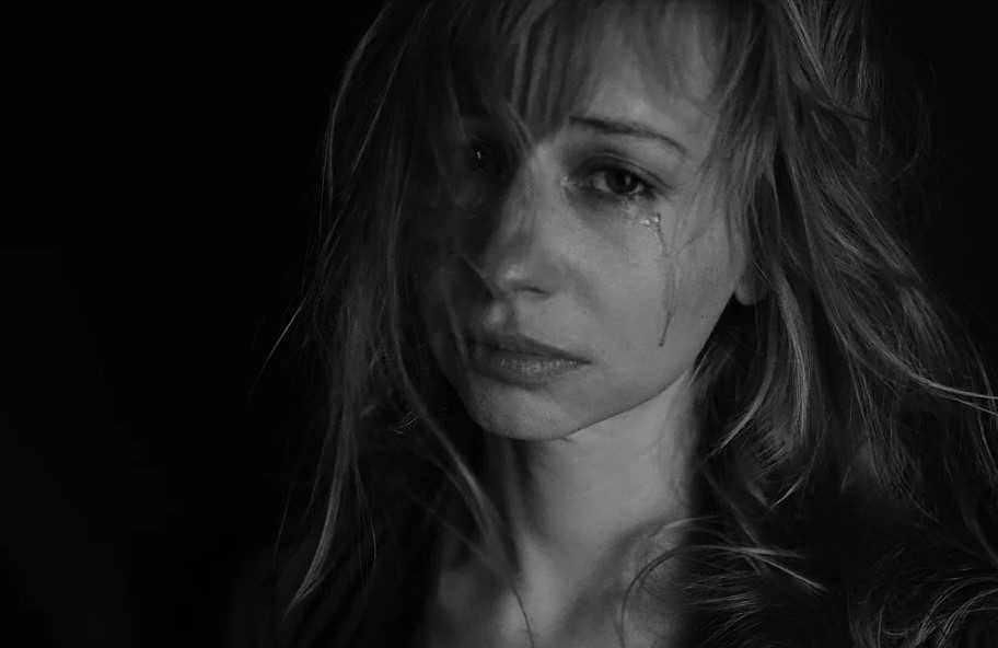 Психосоматика в обычной жизни: замучил насморк? У вас в душе слезы…