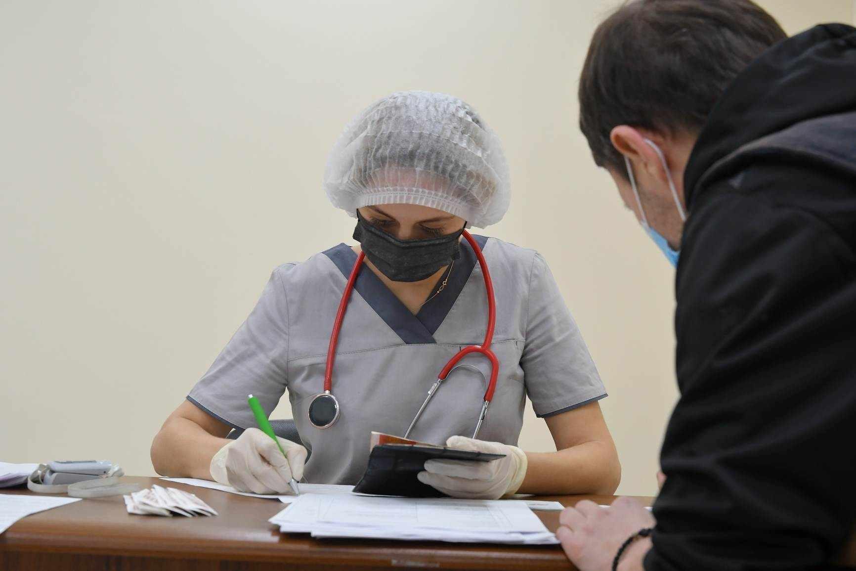 Новороссийск ударными темпами идет к выработке коллективного иммунитета от коронавируса