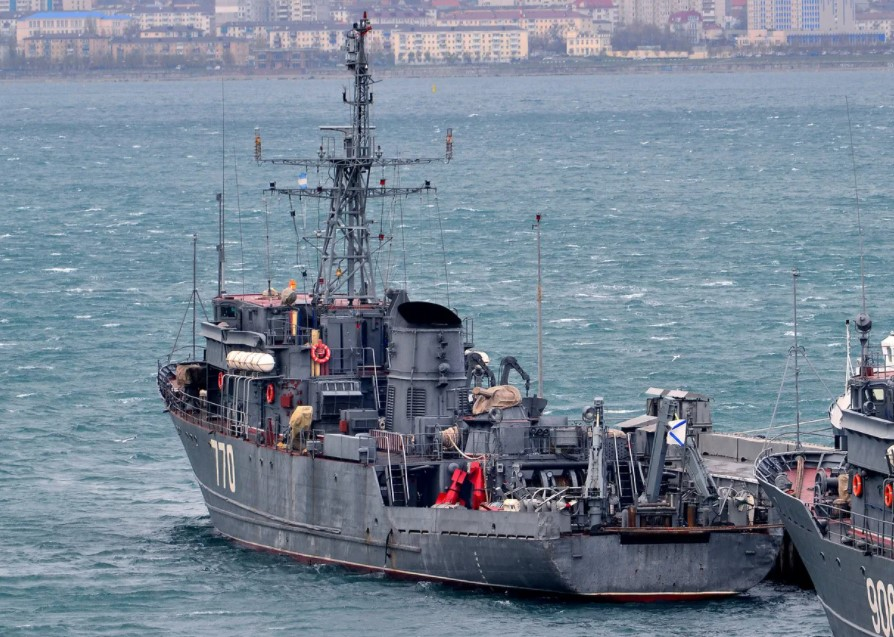 «Валентин Пикуль» идет домой – к причалу Новороссийской военно-морской базы