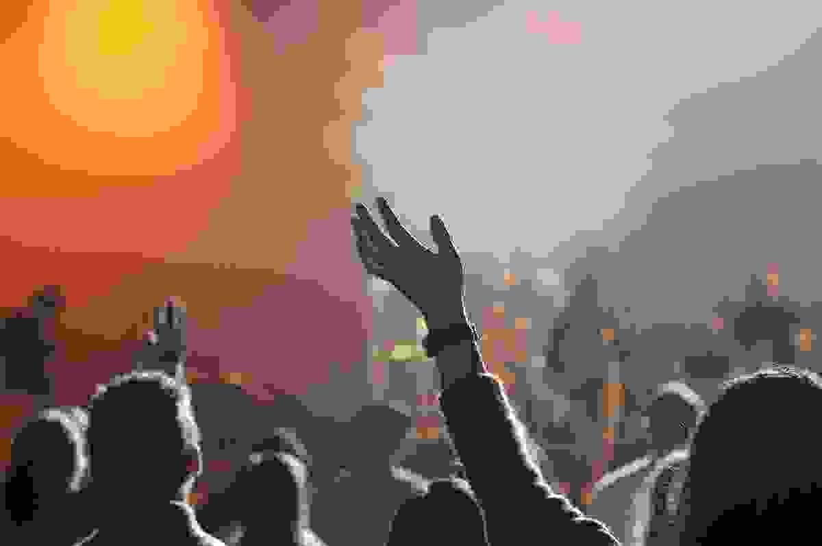 Событие, вызвавшее шквал непонимания: в горах Сочи проходит спортивно-музыкальный фестиваль