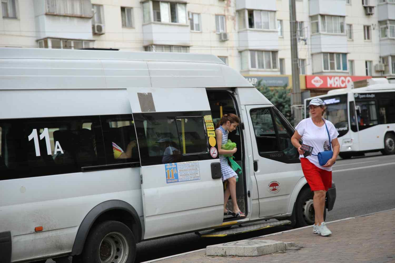 Новороссийцев в очередной раз просят «платить при входе». С 1 сентября могут штрафовать