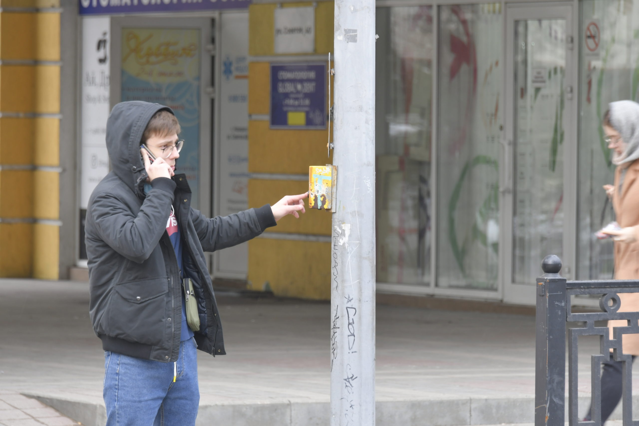 Новороссийск оброс вызывными светофорами. Как они работают?