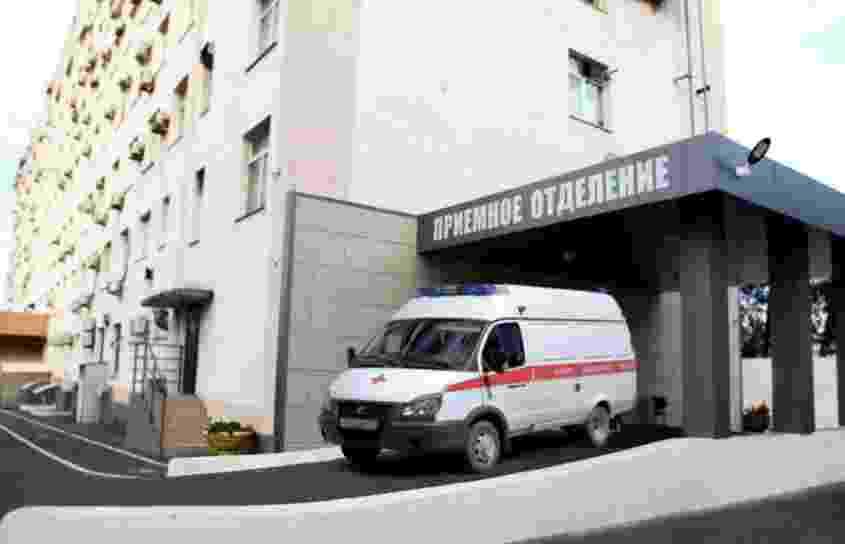 Новороссийцы благодарят хирурга, который спас девочке кисть руки