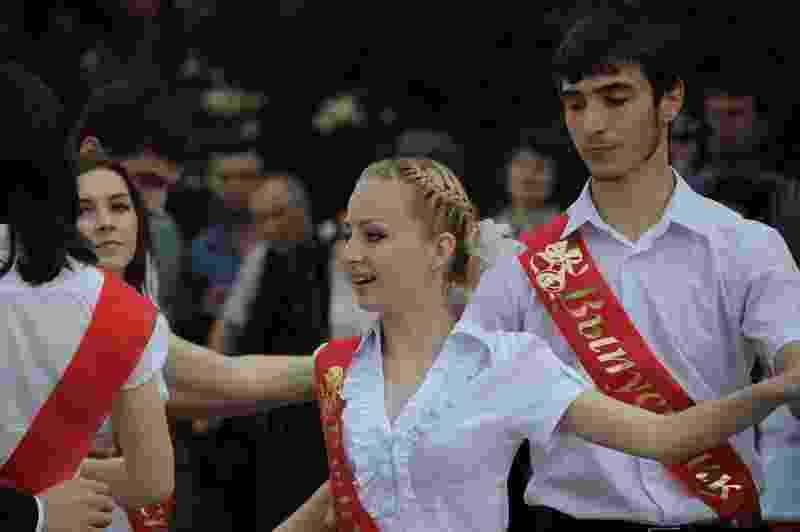 В Новороссийске последние звонки прозвенят только для выпускников