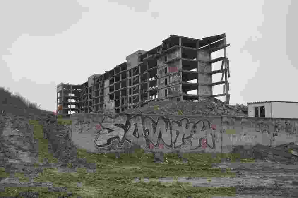 В Новороссийске начали сносить больницу, чтобы построить больницу