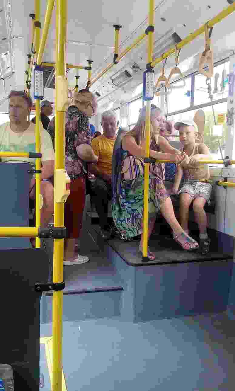 В Новороссийске часть троллейбусов стоит на приколе — их некому водить