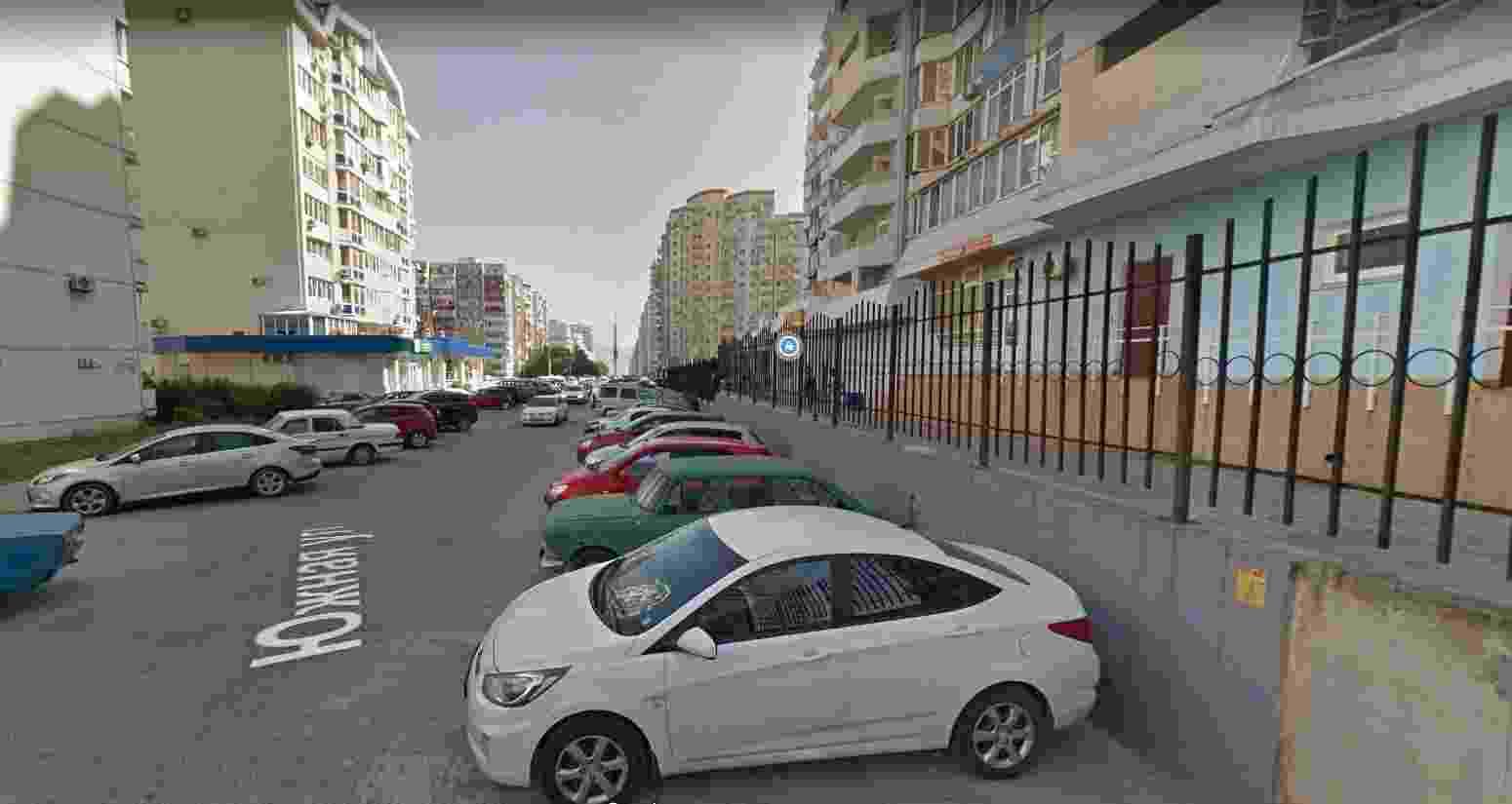 В Новороссийске заканчиваются работы на контактной сети по улице Южной