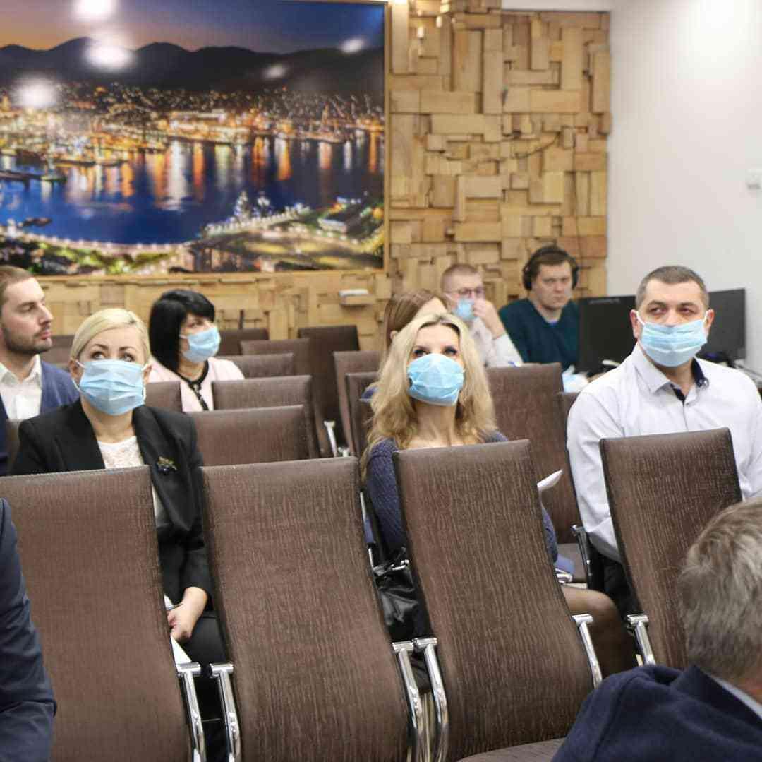 В Новороссийске возобновились «аппаратки». Проблемы обсуждают «вживую»