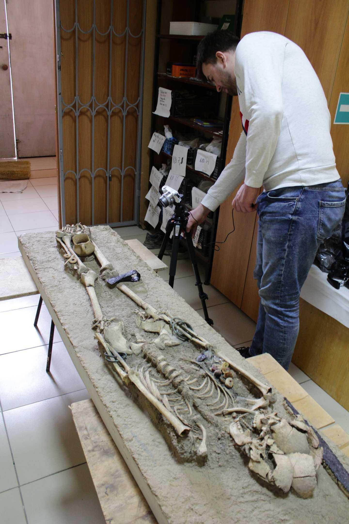 В Дюрсо под Новороссийском нашли останки людей с вытянутыми черепами