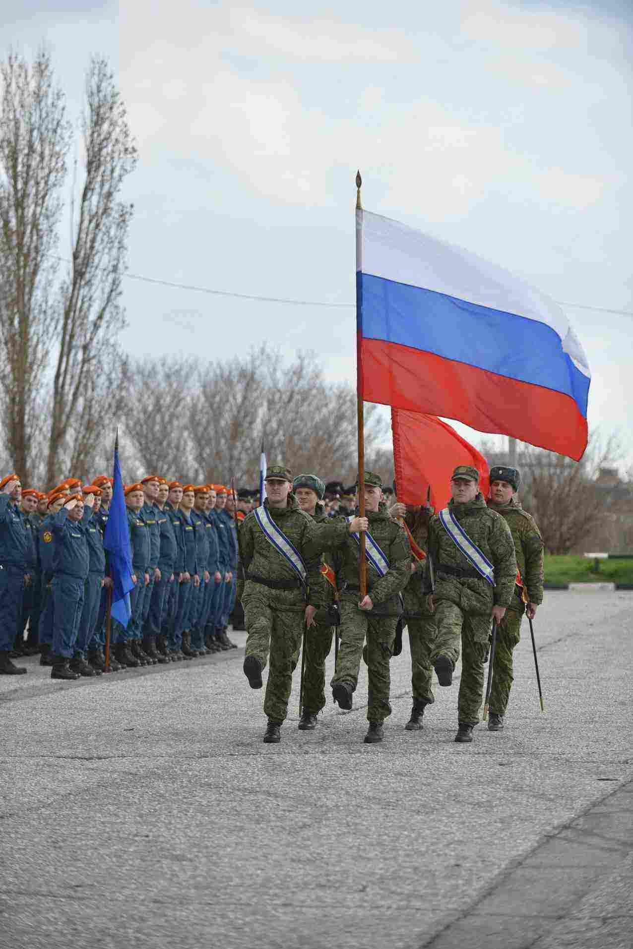 В Новороссийске прошла первая репетиция парада Победы