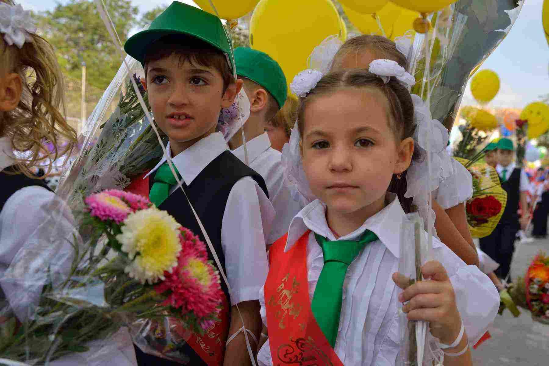 Как попасть в первый класс в Новороссийске?