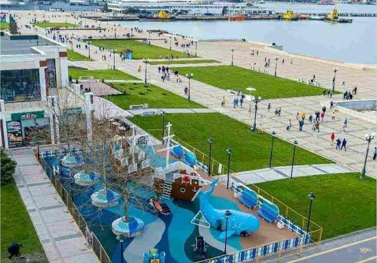 В Новороссийске открывается новая детская площадка