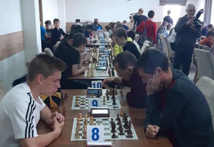 В Новороссийске стартовал турнир Юга России по быстрым шахматам