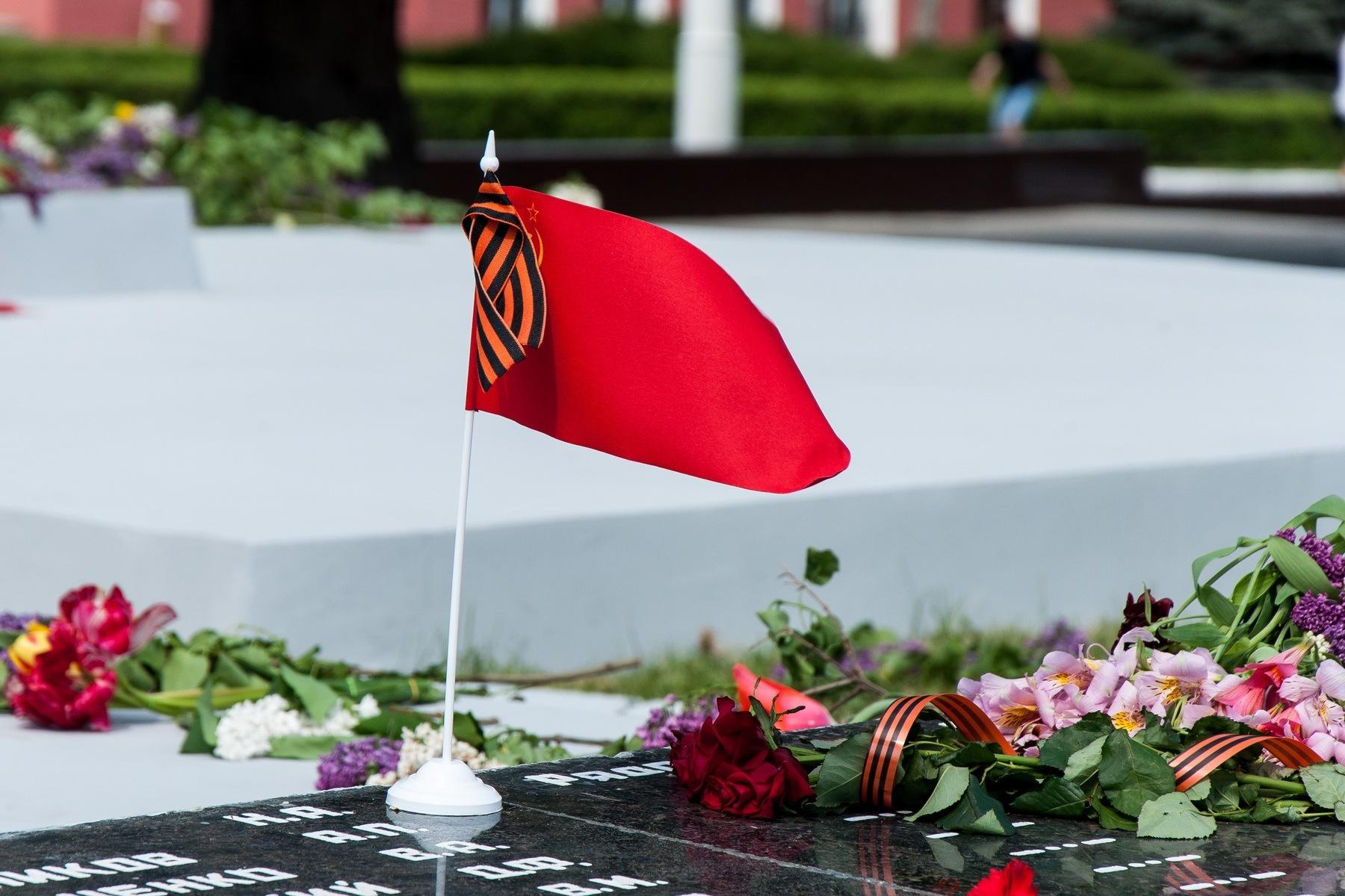 Поздравление мэра города Новороссийска Игоря Дяченко с Днем Победы