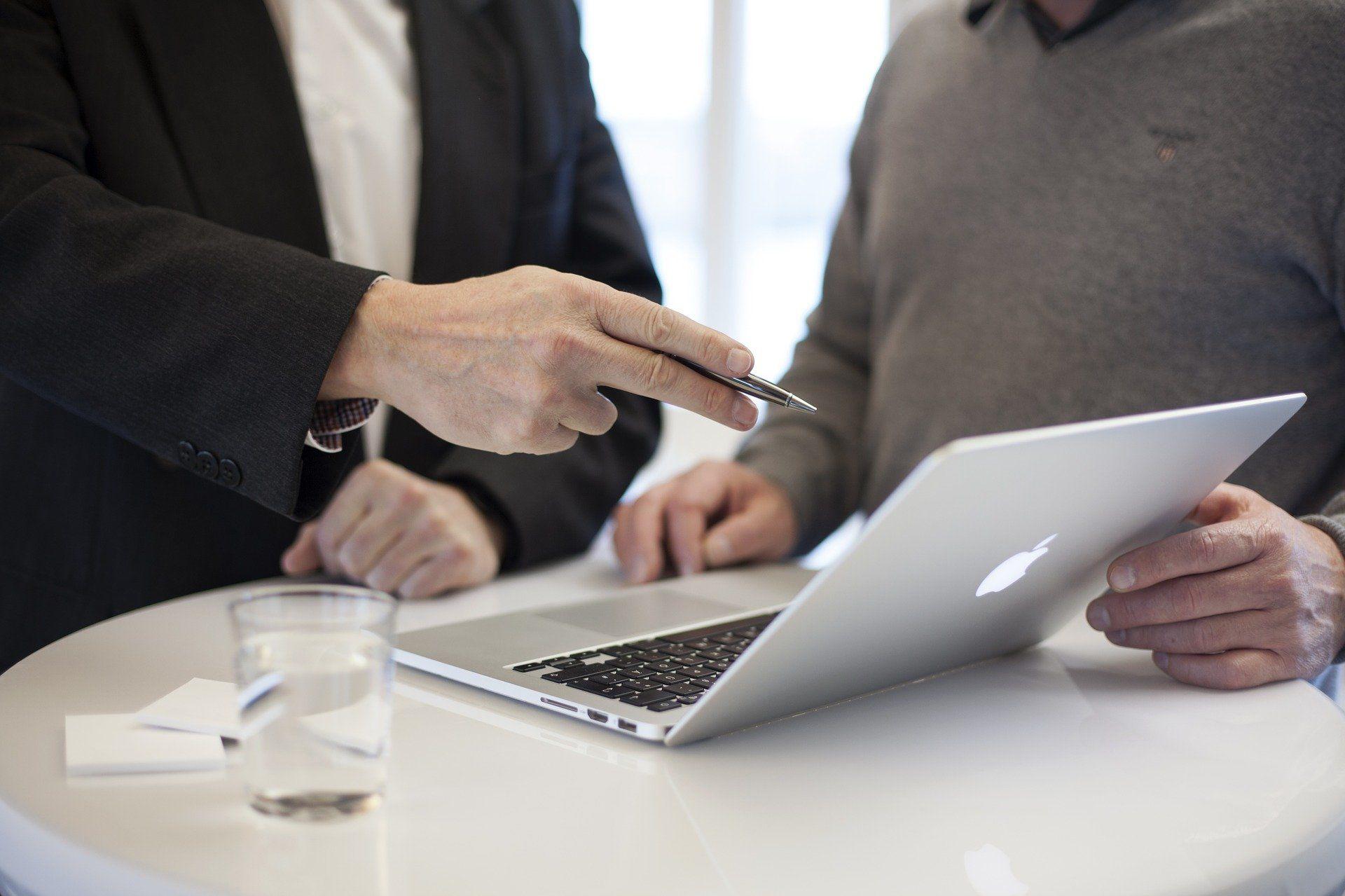 Кредиты малому бизнесу недоступны. Как работать?