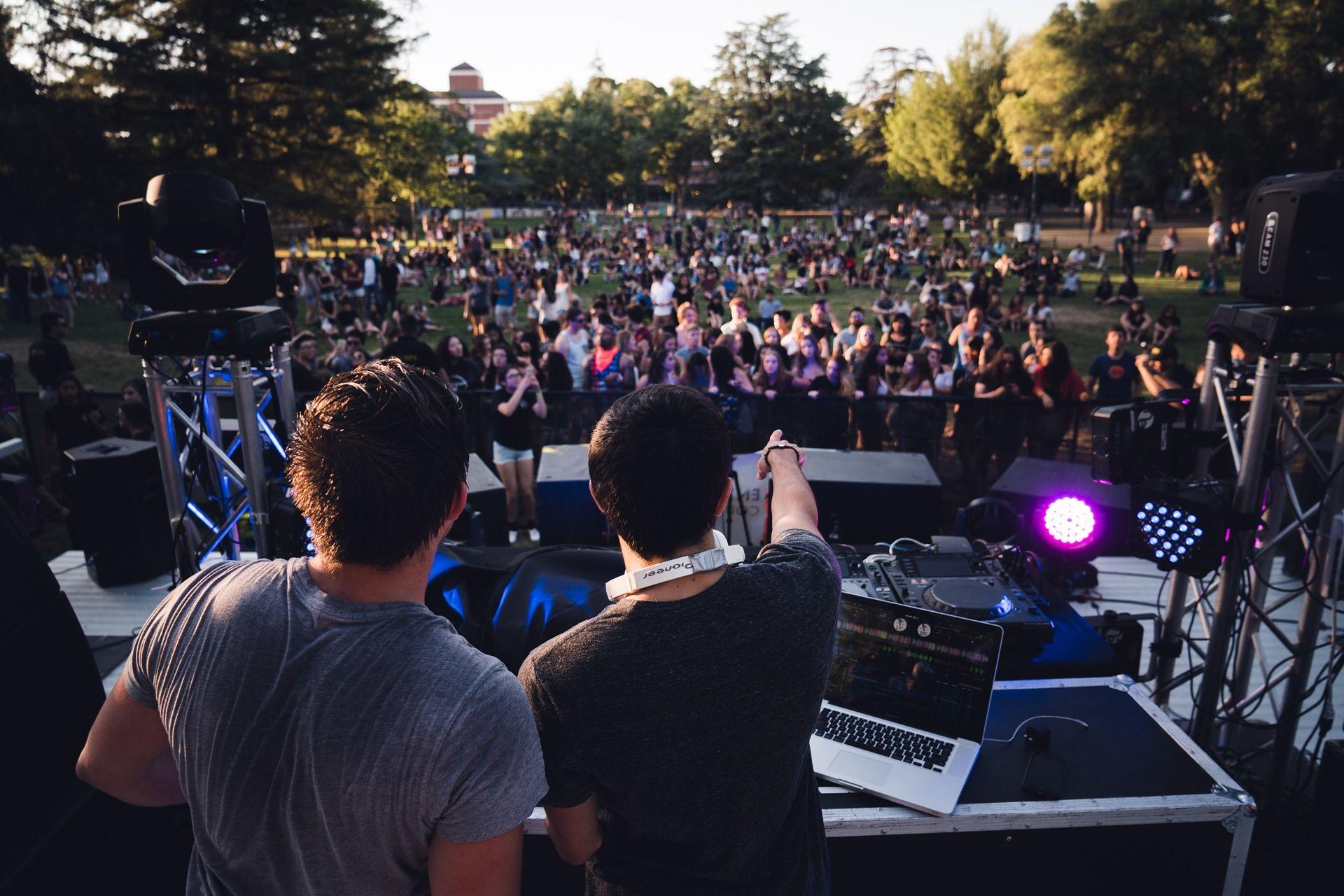 Фестиваль «Дикая Мята» отменили в ночь перед открытием