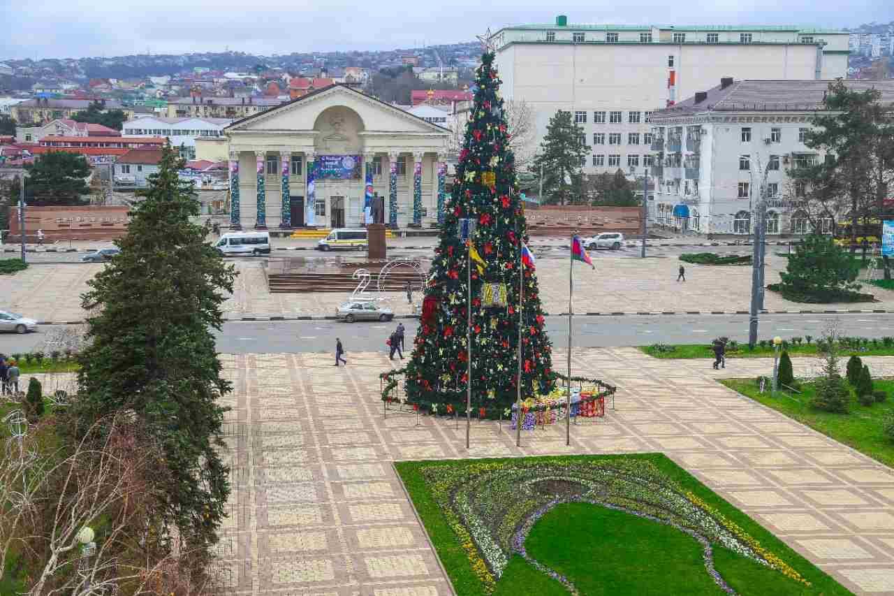 Россиян в 2022 году ожидают десятидневные новогодние каникулы