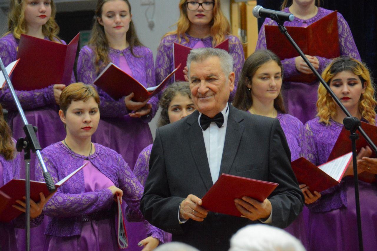 Новороссийский музыкант и дирижер Вячеслав Михайленко отмечает творческий юбилей