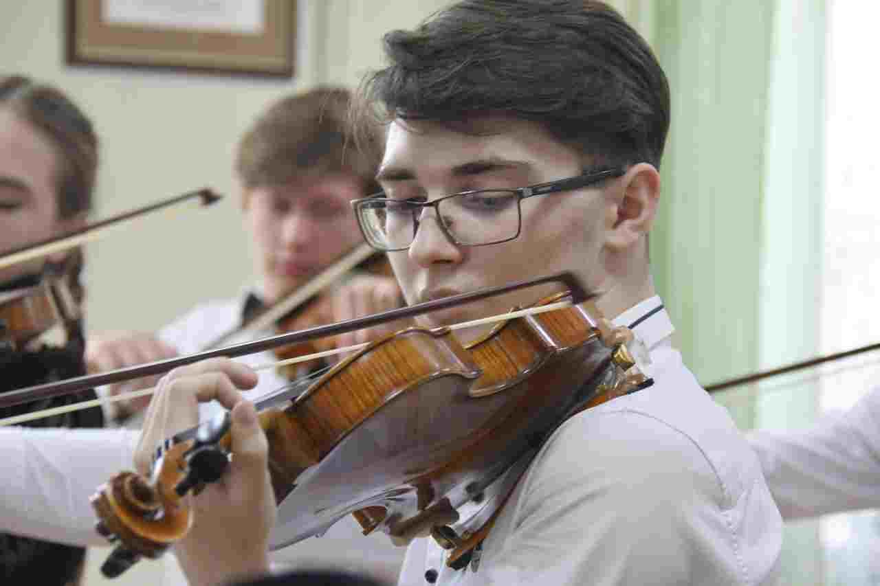 Юный скрипач прославил Кубань и город-герой Новороссийск!