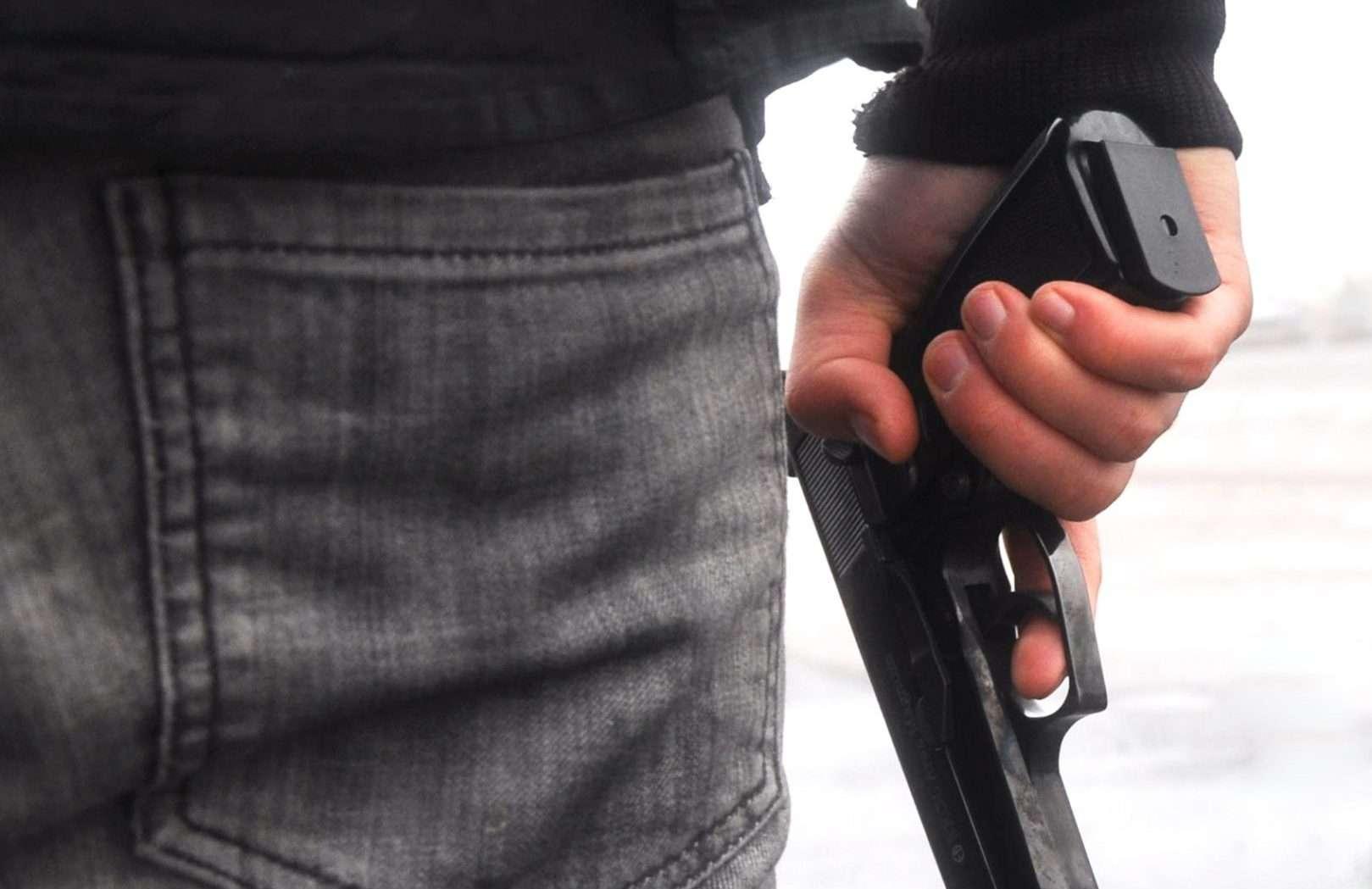 Пьяных водителей предлагают лишать лицензии на оружие