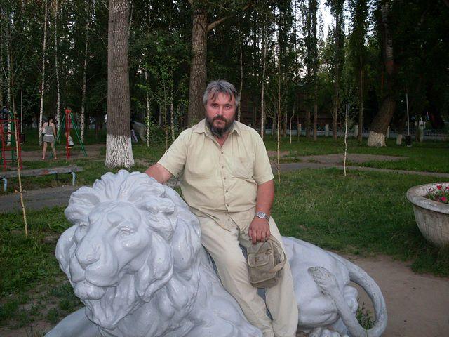 Новороссийский литератор Николай Шибанов рассказал о своей книге