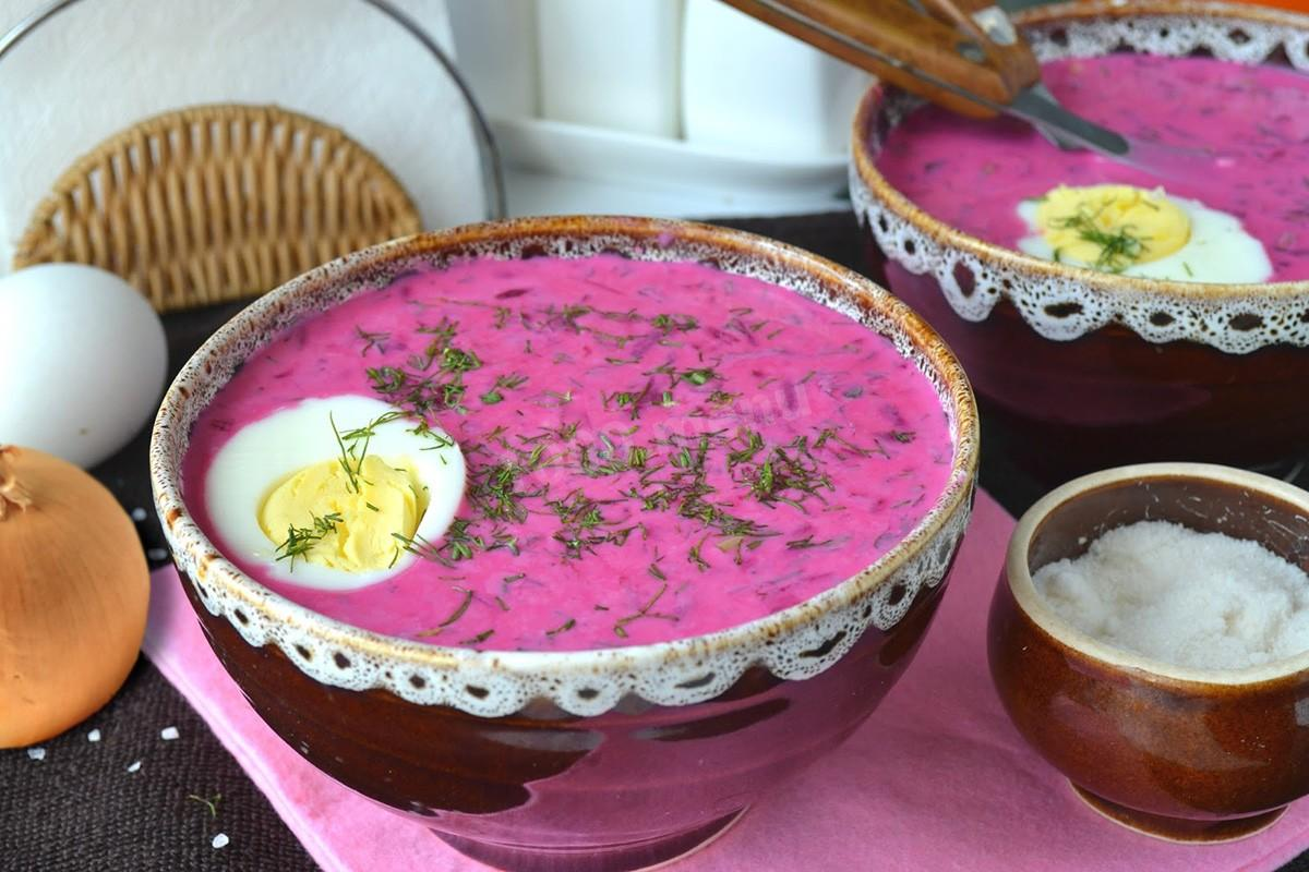 Не только с колбасой: еще три оригинальных рецепта любимого летнего супа — окрошки