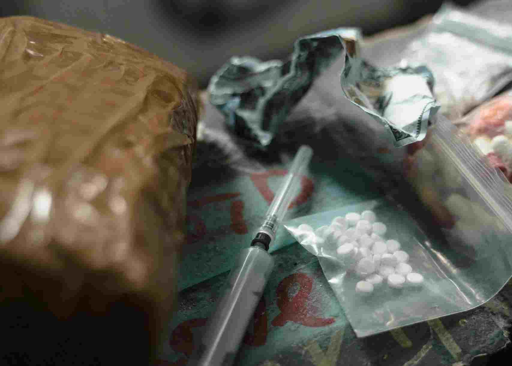 Полицейские Новороссийска изъяли из оборота почти 9 килограммов наркотиков