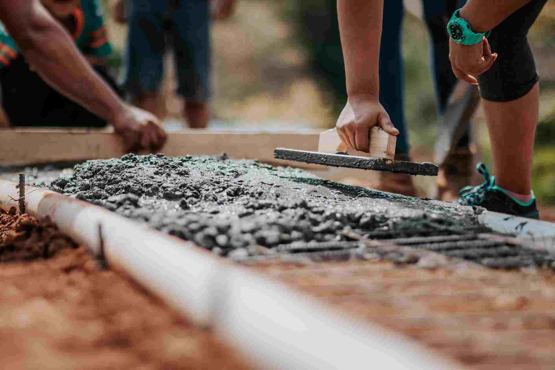 Как строиться, если стройматериалы почти недоступны?