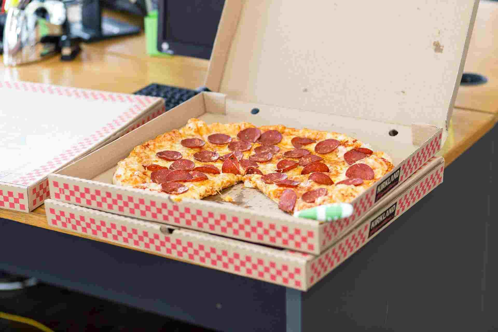 Жительница Новороссийска купила самую дорогую пиццу — за 5 тысяч рублей