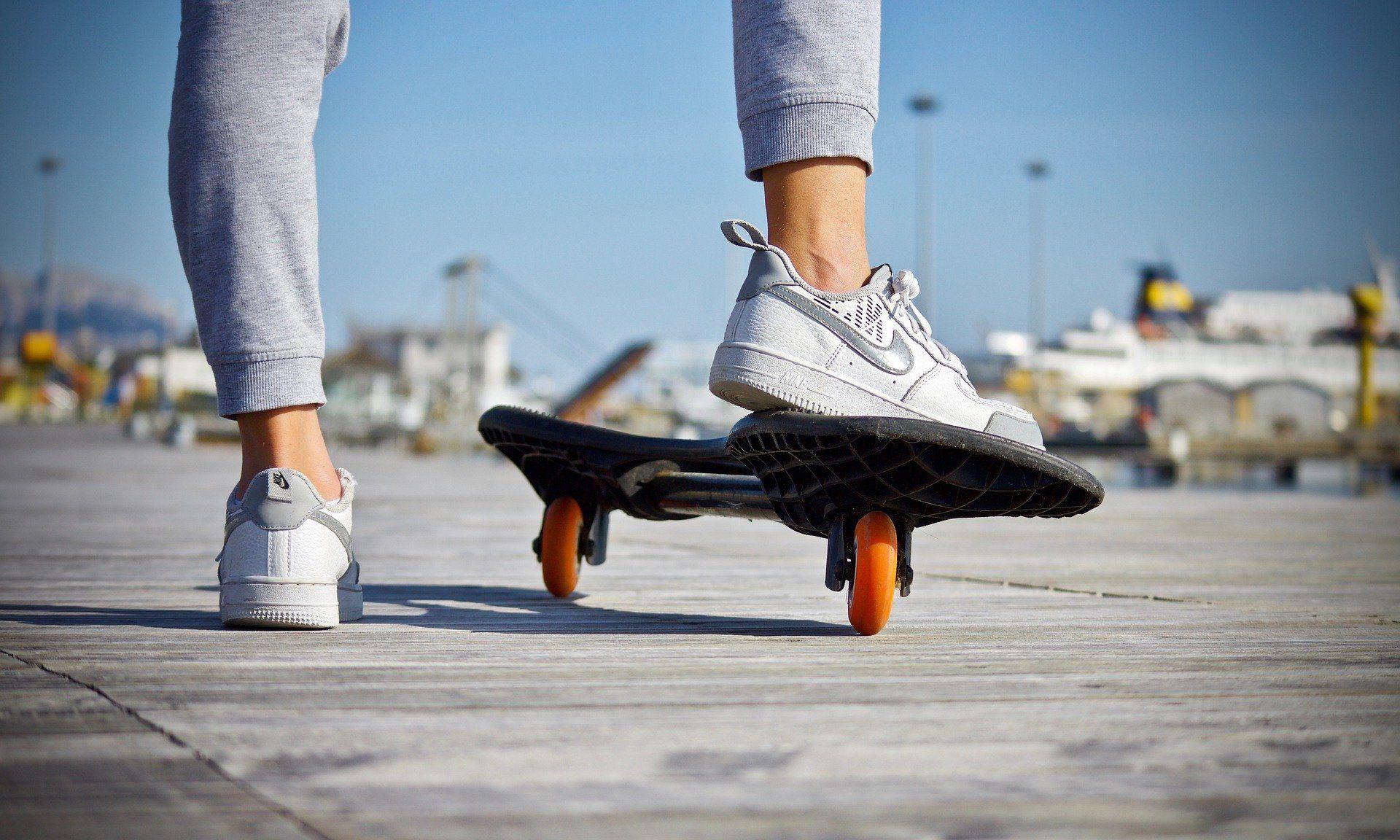 В Новороссийске ужесточают контроль за скейтерами, которые разрушают городское имущество