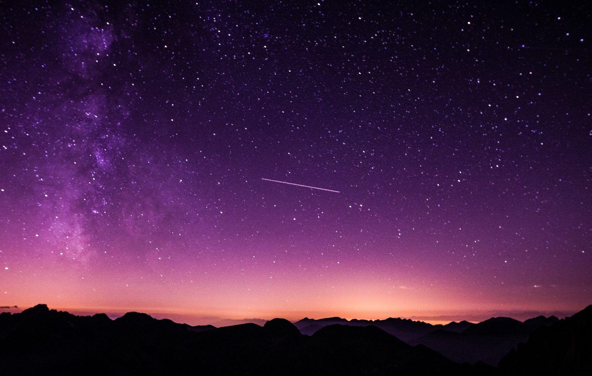 Овнов ждут выгодные сделки, а Водолеи смогут осуществить старые замыслы: гороскоп на завтра для знаков зодиака