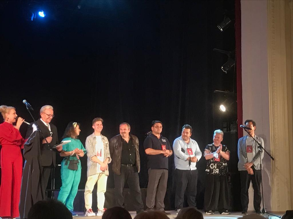 Вчера в Новороссийске открылся фестиваль «Театральная гавань». Зрителям тоже удалось выйти на сцену