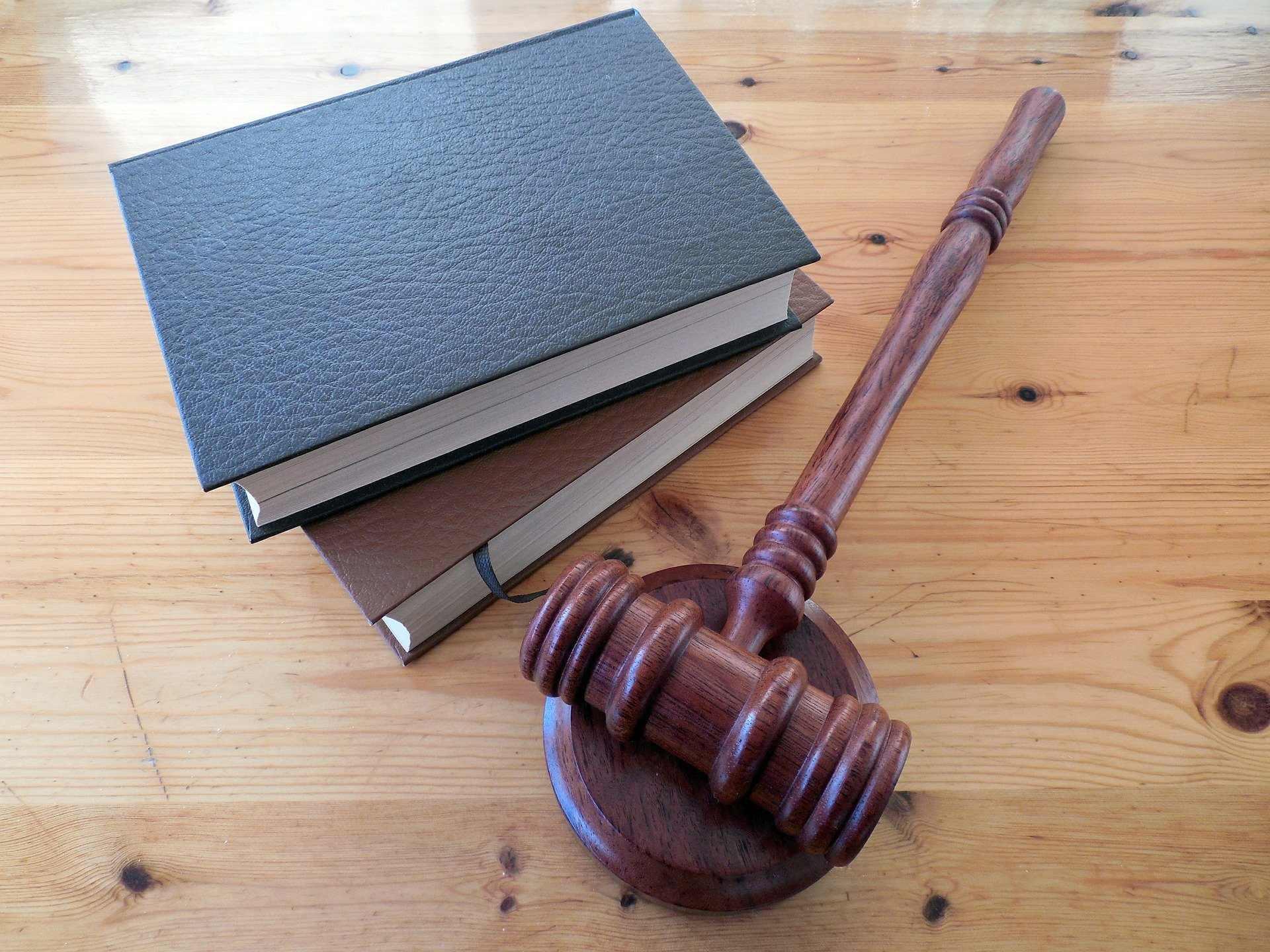 Какие новые законы вступают в силу в августе?