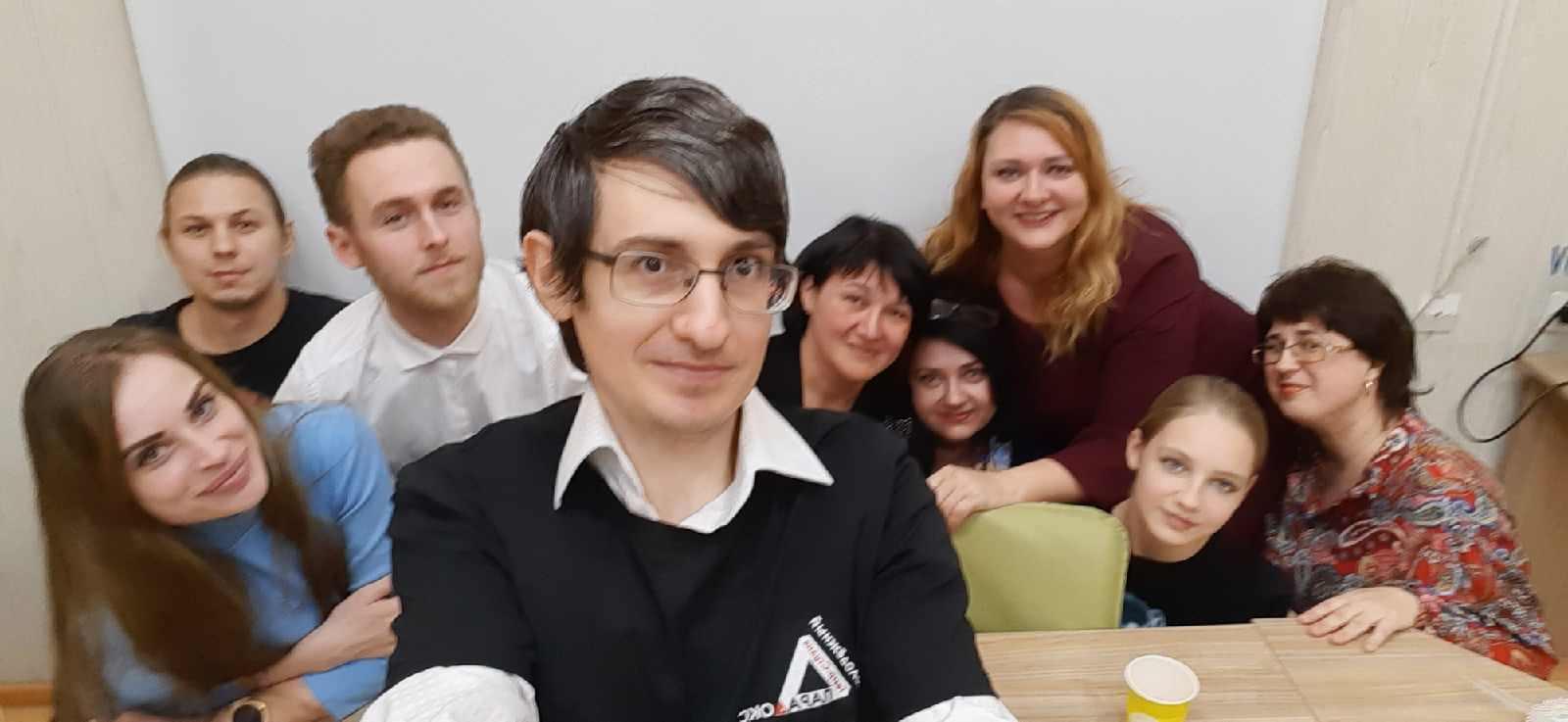 Автор, актер, режиссер Александр Уваров ставит в новороссийском театре «Парадокс» свои моноспектакли