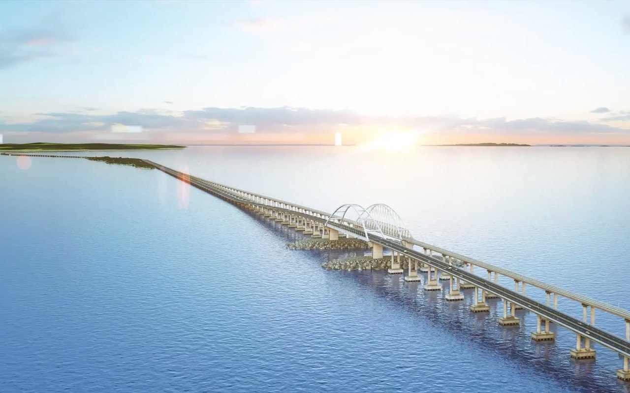 По Крымскому мосту и в районе Джубги ограничат движение для большегрузов