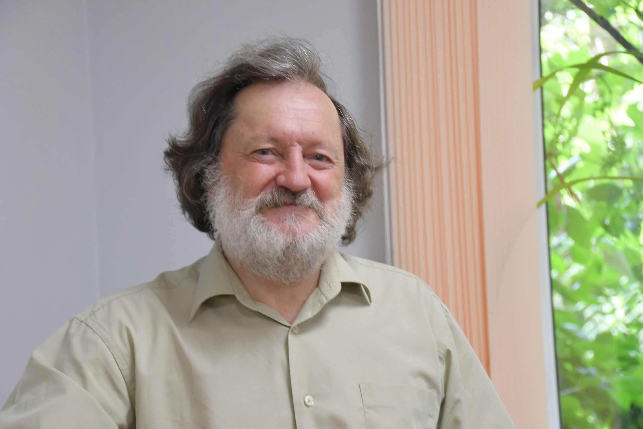 Новороссийский поэт-песенник Владимир Никитин пишет современные былины