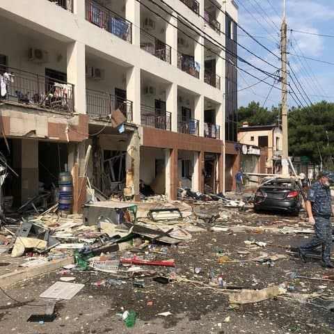 Сегодня утром в Геленджике, в гостинице «Азалия», прогремел взрыв
