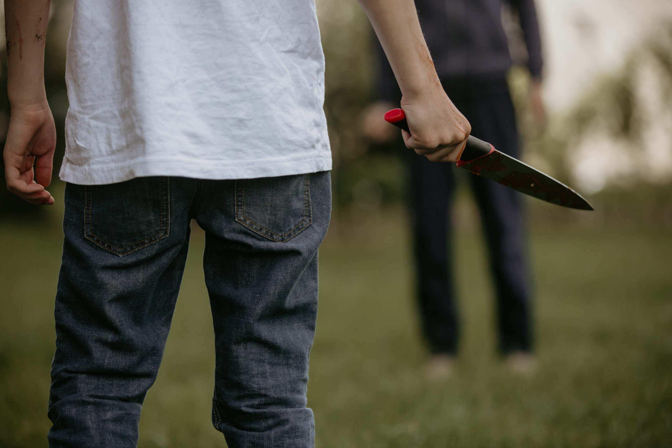 Молодая пара из Новороссийска стала жертвой рецидивиста, который едва не изнасиловал девушку