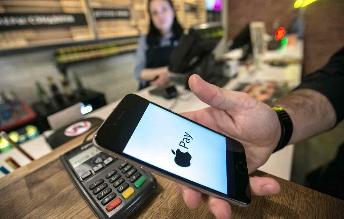 Apple Pay теперь доступен держателям карт «Мир» ВТБ