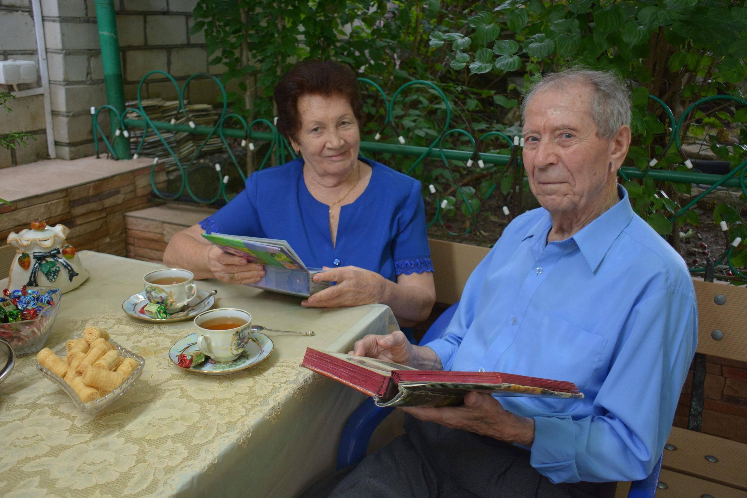 70 лет вместе: благодатная свадьба Александра и Капитолины Давыденко