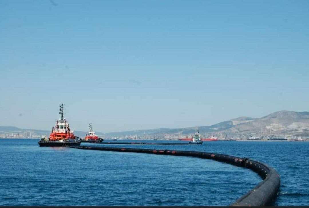 В Новороссийске произошел залповый выброс нефти