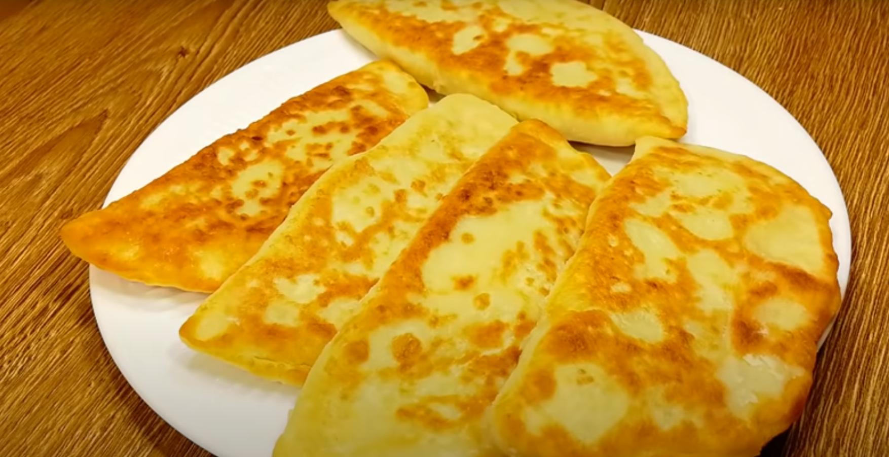 «Пирожки с картошкой» наоборот – аппетитные и нежные пирожки из картофельного теста с кабачковой начинкой