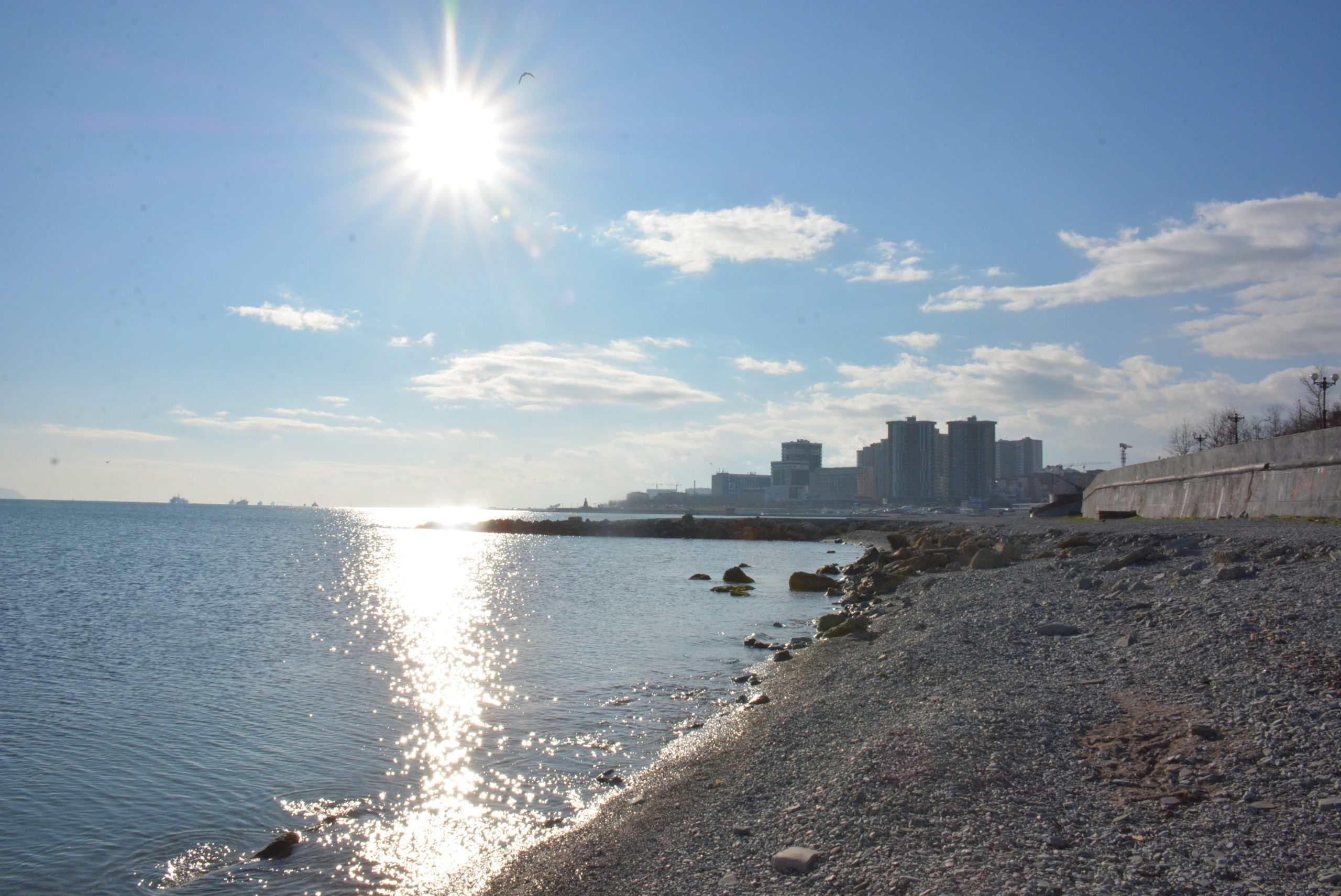 В Новороссийске сохраняется запрет на купание на городских пляжах