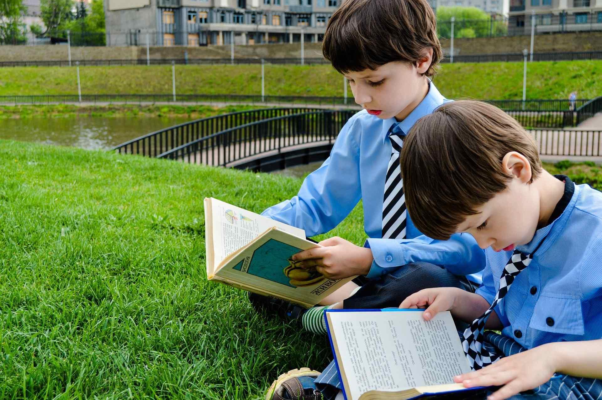 Новороссийским школьникам бесплатно выдадут учебники и обучат на платформе «СберКласс»