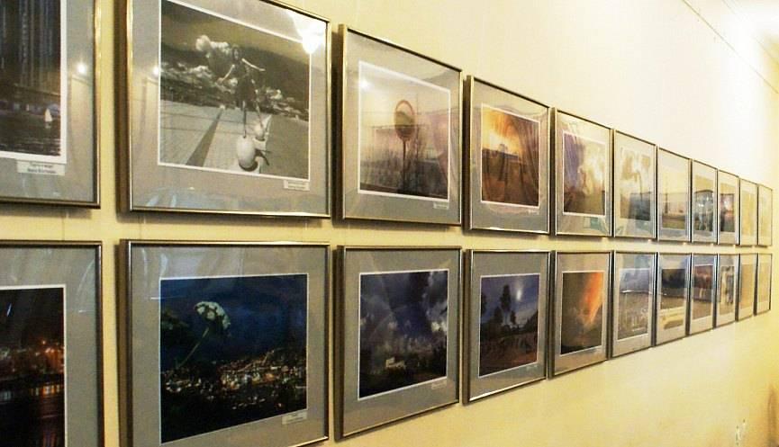 В новороссийской галерее  «АртВертикаль» открылась выставка  «К городу – с любовью»