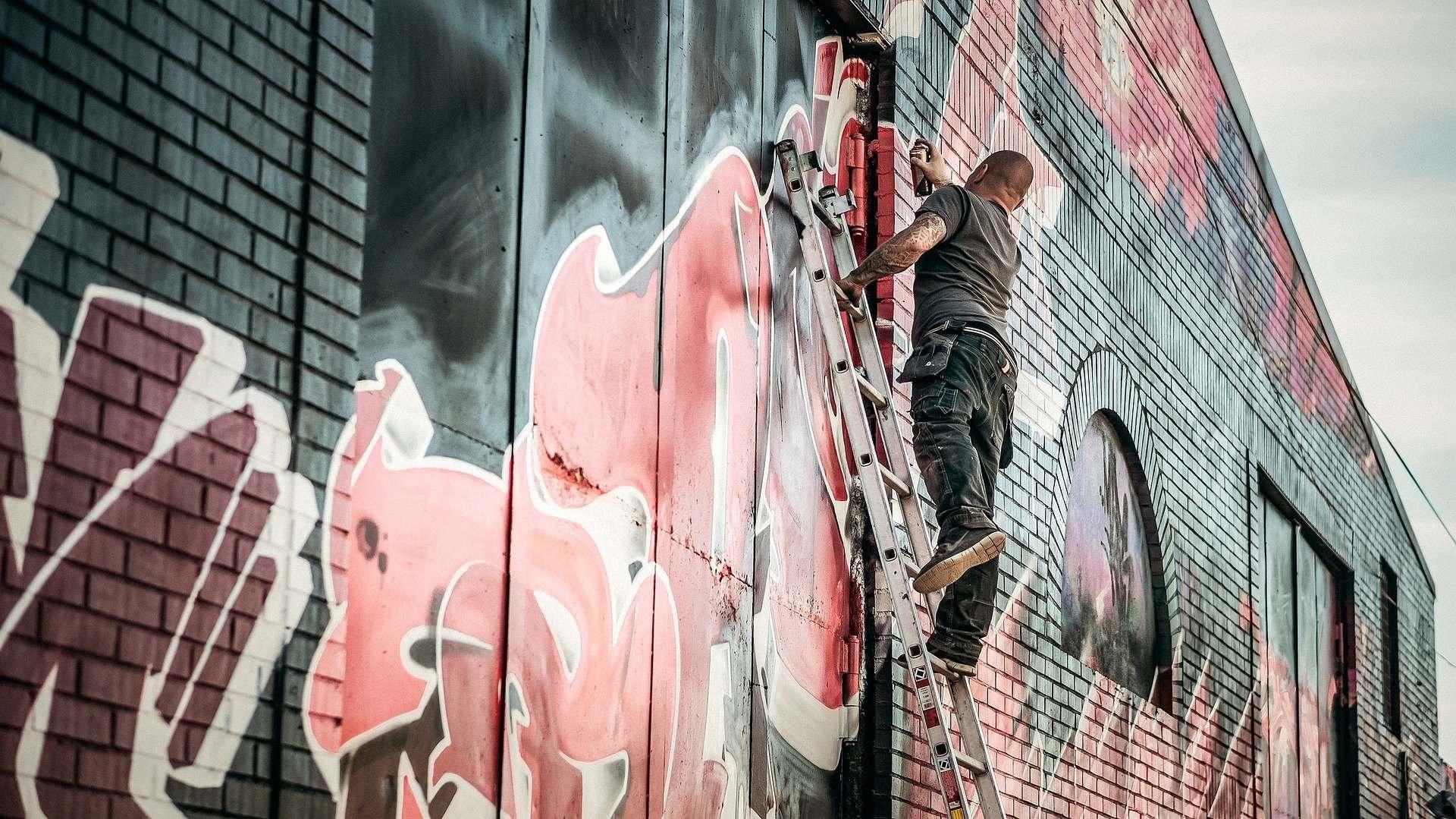 Новороссийские граффитчики хотят привести в город звезд стрит-арта
