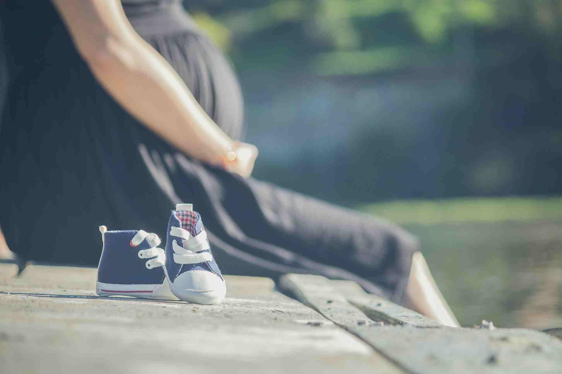 Беременную жительницу Новороссийска с тремя детьми муж выгнал на улицу